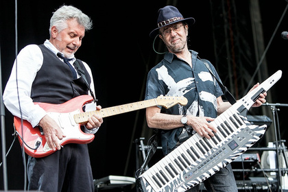 Progressiv - Fotos: Manfred Mann's Earth Band als Vorgruppe von Richie Blackmore's Rainbow live in Bietigheim